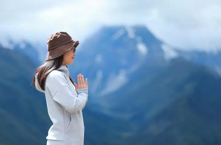 梅里雪山雨崩的历史与传说,以及宗教色彩